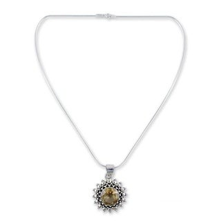Handmade Sterling Silver Star of Kolkata Citrine Pendant Necklace (India)