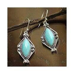 Handmade Sterling Silver 'Peruvian Muse' Amazonite Earrings (Peru)