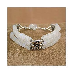 Sterling Silver 'Pure Love' Moonstone Bracelet (India)