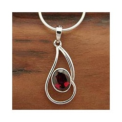 Handcrafted Rhodium Plated Sterling Silver Forever Scarlet Red Garnet Snake Style Necklace (India)