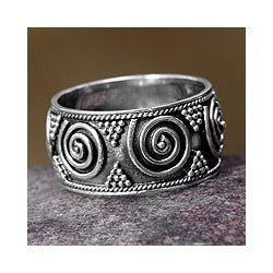 Handmade Sterling Silver 'Whirlwind' Ring (Indonesia)