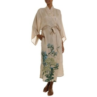 Handmade Women's 'Azure Blossoms' Silk Robe (Indonesia)