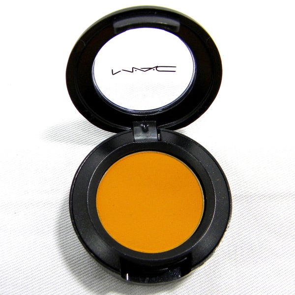 MAC 'Goldenrod' Eye Shadow (Unboxed)