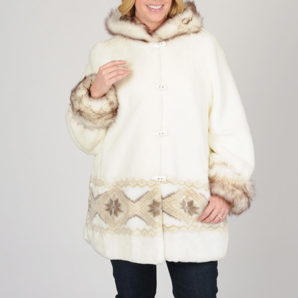 Plus Size Women's Faux Fur Short Coat with Design