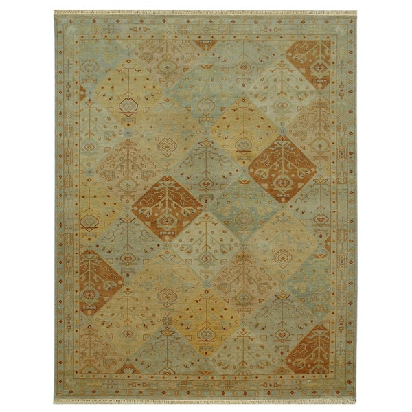 Hand-knotted Oriental Light Gold Wool Rug (5'3 x 7'7)