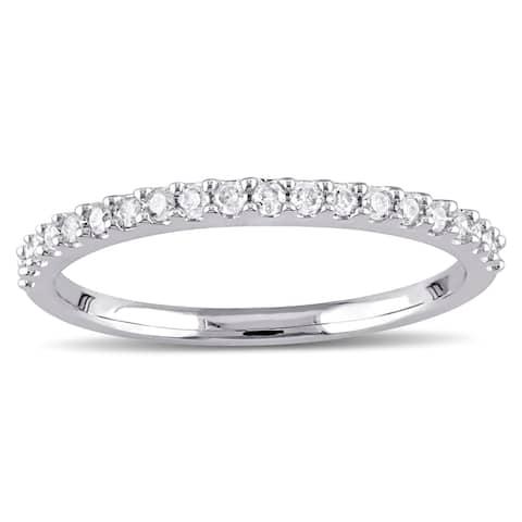 Miadora 10k White Gold 1/5ct TDW Diamond Stackable Wedding Band