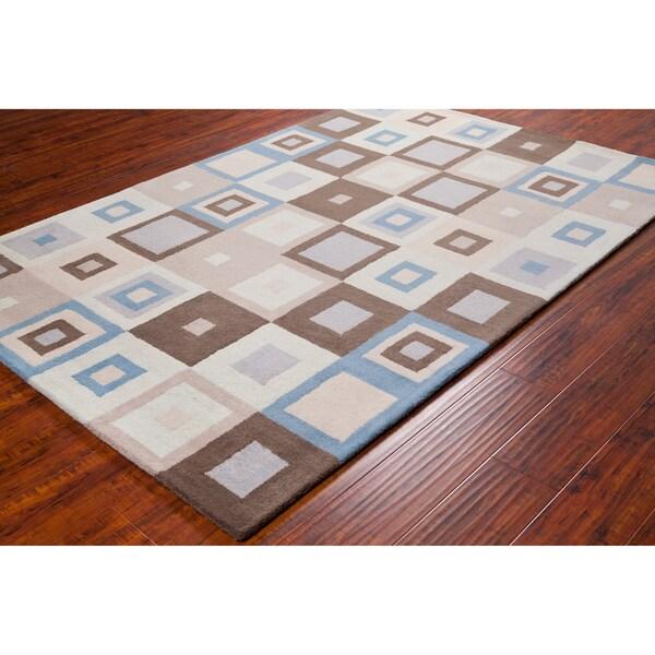 Allie Handmade Geometric Square Pattern Wool Rug (5' x 7'6)