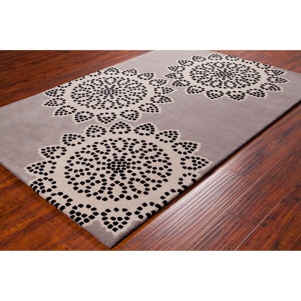 Handmade Allie Floral Taupe/ Black Wool Rug (5' x 7'6)