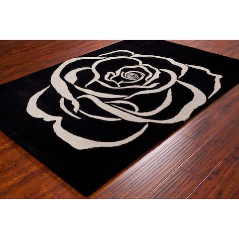 Allie Handmade White Rose Wool Rug - 5' x 7'6