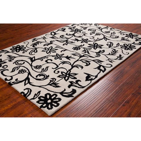 """Black-and-White Allie Handmade Floral Wool Rug - 5' x 7'6"""""""