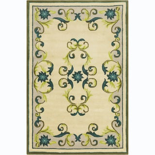 "Green-and-Cream Allie Handmade Floral Wool Rug (5' x 7'6"")"