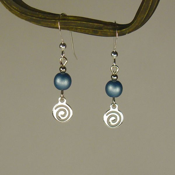 Handmade Jewelry by Dawn Blue With Silver Swirl Drop Earrings (USA)