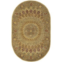 Safavieh Handmade Heritage Timeless Traditional Light Brown/ Grey Wool Rug (4'6 x 6'6 Oval) - 4'6' x 6'6 oval
