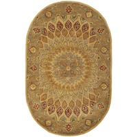"Safavieh Handmade Heritage Timeless Traditional Light Brown/ Grey Wool Rug - 4'6"" x 6'6"" oval"