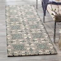 "Safavieh Handmade Moroccan Chatham Majestic Light Blue/ Ivory Wool Rug - 2'3"" x 7'"