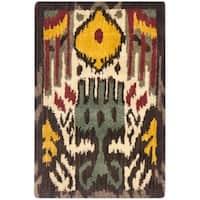 Safavieh Handmade Ikat Cream/ Brown Wool Rug - 2' x 3'
