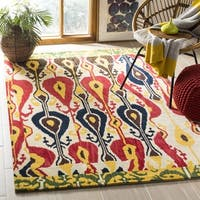 Safavieh Handmade Ikat Cream/ Green Wool Rug - 6' x 6' Square