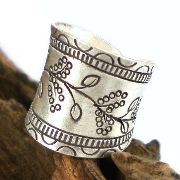 Floral Vines Thai Karen Hill Tribe Fine Silver Wrap Ring (Thailand)