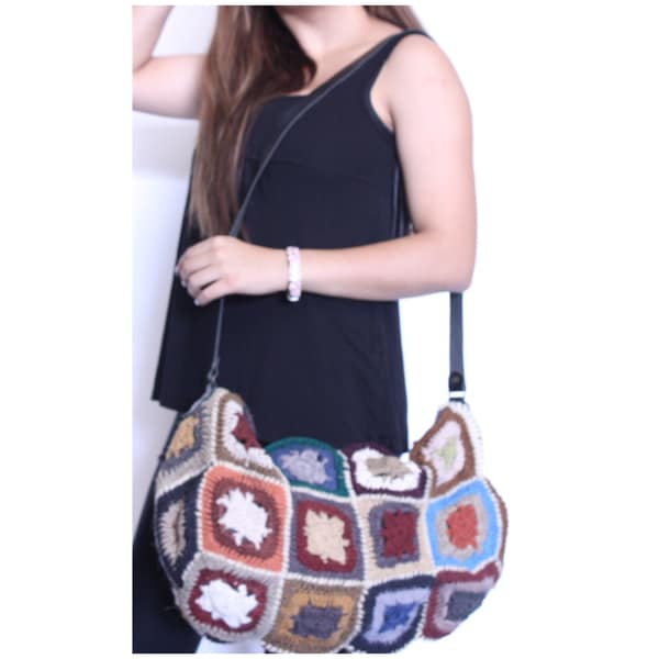 Hand Crochet Bag with Leather Strap (Nepal)