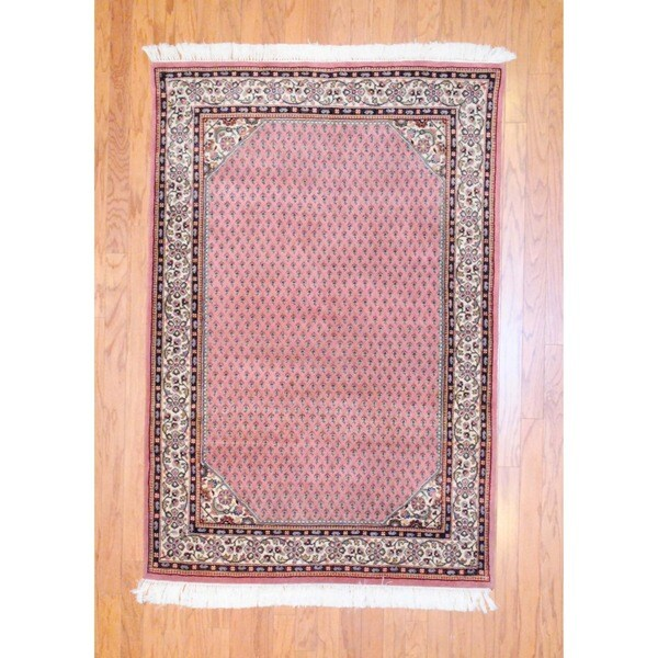 Indo Hand-knotted Mir Salmon/ Ivory Wool Rug (4' x 6')