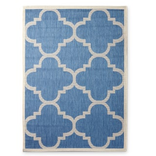 Safavieh Courtyard Quatrefoil Blue/ Beige Indoor/ Outdoor Rug (More options available)