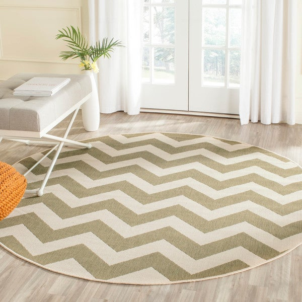 Safavieh Courtyard Chevron Green/ Beige Indoor/ Outdoor Rug