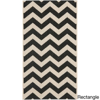 Safavieh Courtyard Chevron Black/ Beige Indoor/ Outdoor Rug (More options available)
