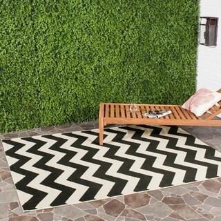 Safavieh Courtyard Chevron Black/ Beige Indoor/ Outdoor Rug