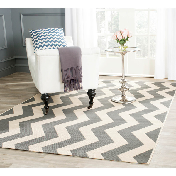 Safavieh Courtyard Zig Zag Grey/ Beige Indoor/ Outdoor Rug