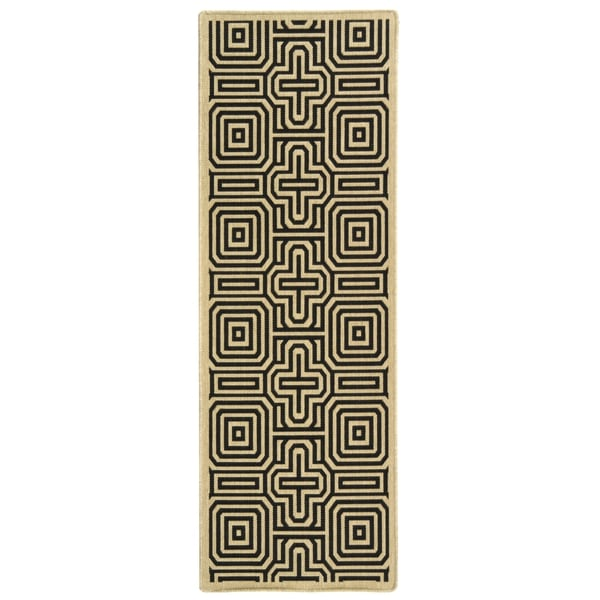 Safavieh Matrix Sand/ Black Indoor/ Outdoor Rug (2'2 x 12')