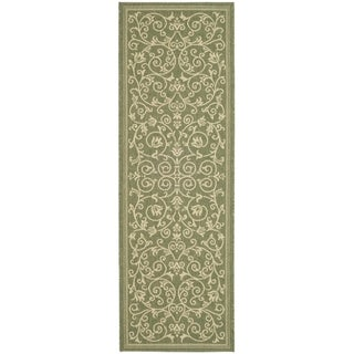 Safavieh Resorts Scrollwork Olive Green/ Natural Indoor/ Outdoor Runner Rug (2'2 x 12')