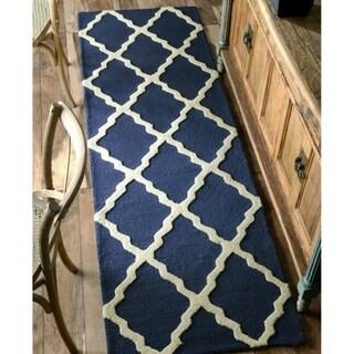 nuLOOM Handmade Alexa Moroccan Trellis Wool Runner Rug (2'6 x 10')