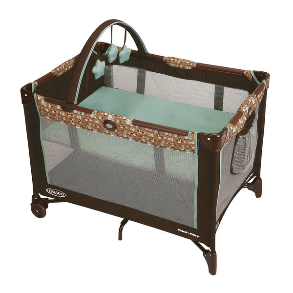 Shop Graco Pack 'n Play Playard with Bassinet in Little ...