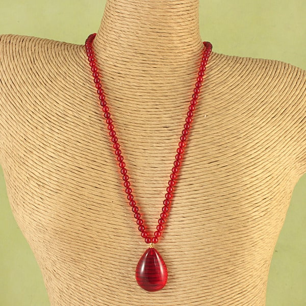 Hand-tied Ruby Red Baltic Amber Nuggets Necklace (Lithuania)