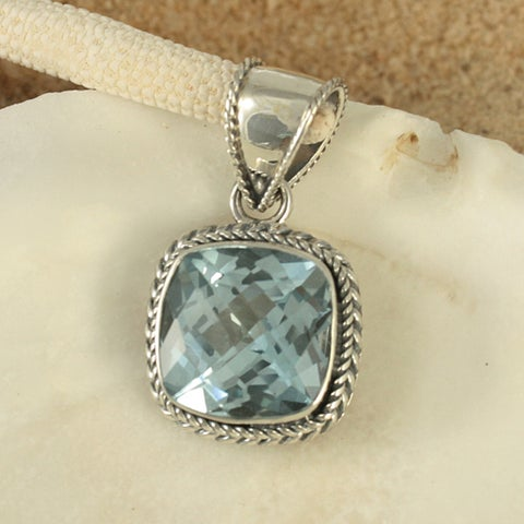 Handmade Sterling Silver Blue Topaz Cable Bali Pendant (Indonesia)