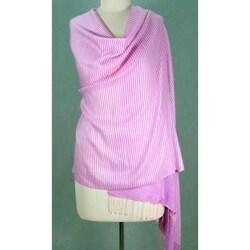 Handmade Wool and Silk Blend 'Mauve Kiss' Shawl (India)