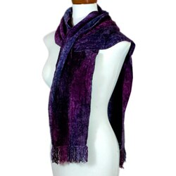 Handmade Bamboo Chenille and Cotton 'Orchid Dreamer' Scarf (Guatemala)