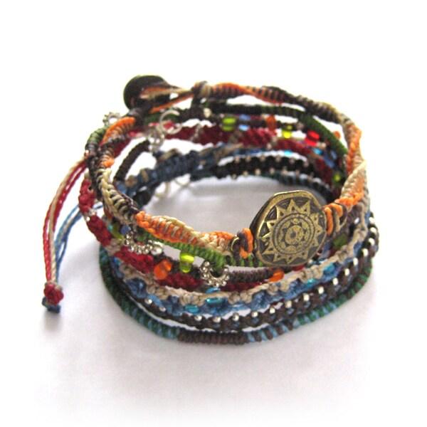 Wakami Women's 7 Strand Earth Bracelet (Guatemala)