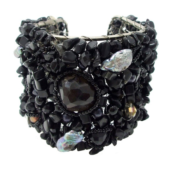 Handmade Exotic Charm Mix Stone Web Freshwater Pearl Cuff (Thailand)
