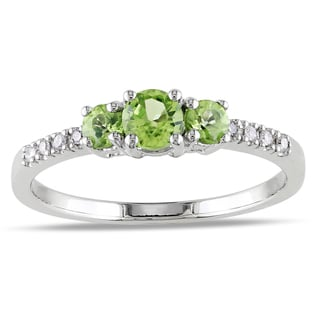 Miadora 10k White Gold Peridot and Diamond Ring (G-H, I1-I2)