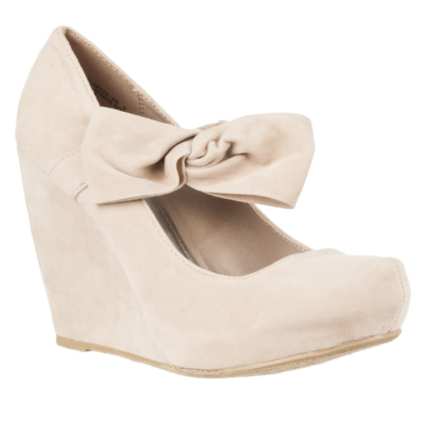 Riverberry Women's 'Florita' Bow-detail Microsuede Wedges