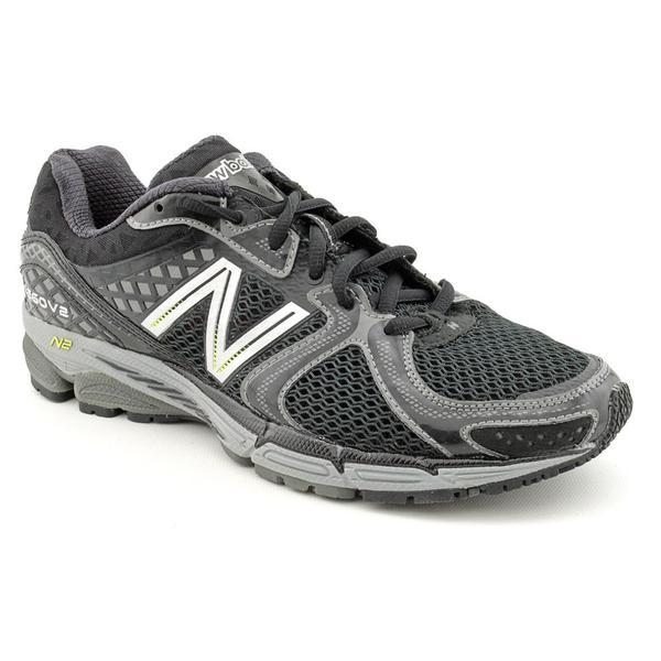 New Balance Men's Black 'M1260v2' Mesh Athletic Shoe