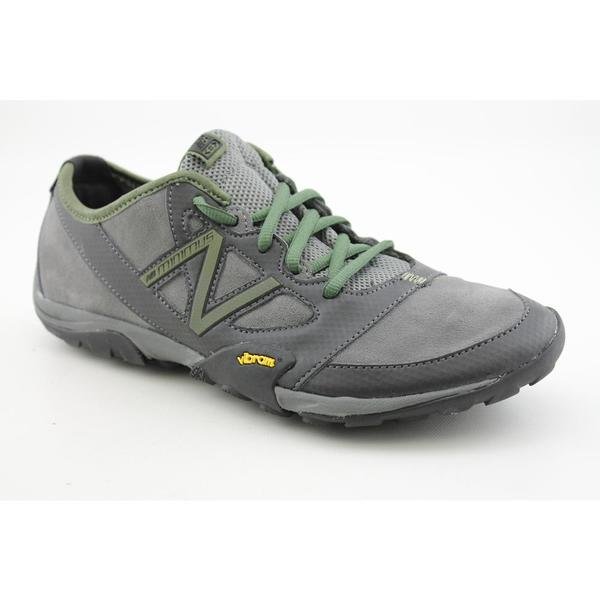 New Balance Men's 'MO20' Regular Suede Casual Shoes