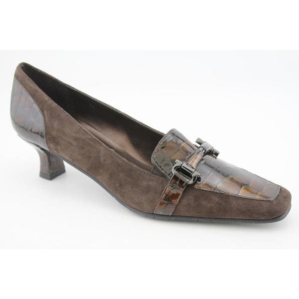 Vaneli Women's 'Renate' Regular Suede Dress Shoes Narrow