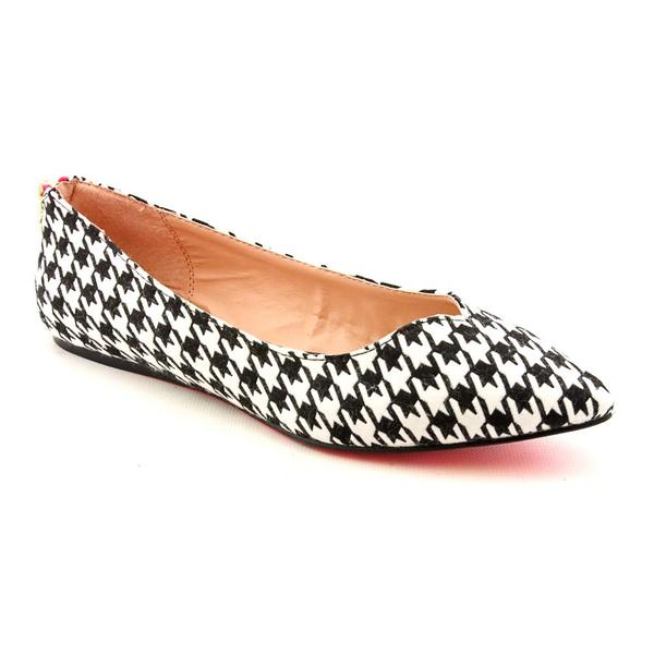 Betsey Johnson Women's 'Lilliann' Fabric Casual Shoes