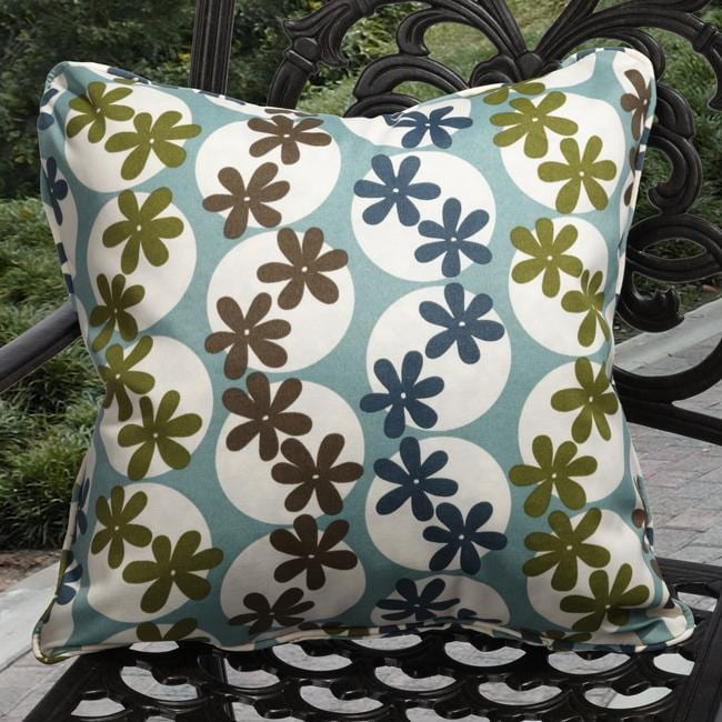 Kate Outdoor Daisy Pool Blue Throw Pillows (Set of 2) - Free Shipping On Orders Over $45 ...