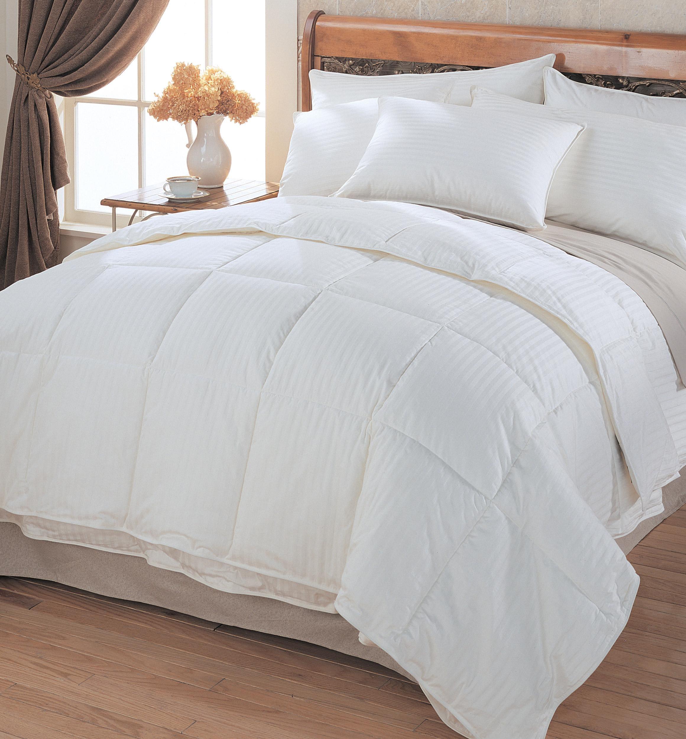 imperial stripe 550 fill power white goose down comforter