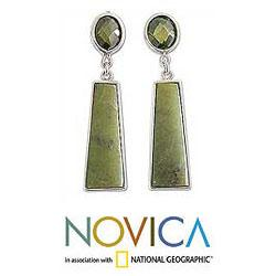 Sterling Silver 'Fortress' Serpentine Earrings (Peru) - Thumbnail 1