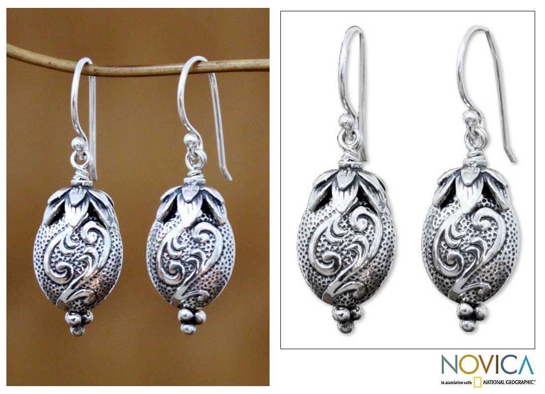 Handmade Sterling Silver 'Strawberry' Dangle Earrings (Indonesia)
