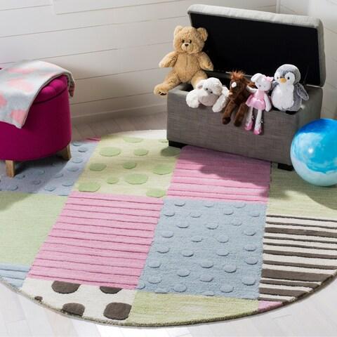 Safavieh Handmade Children's Spaces New Zealand Wool Rug - 6' x 6' Round